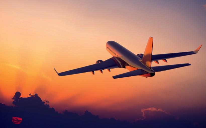 airplane-flight-sunset-2560x1440[1]